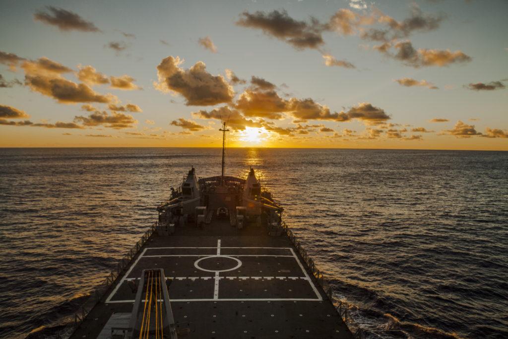 A caminho da Trildade com a marinha - por Rafael Duarte